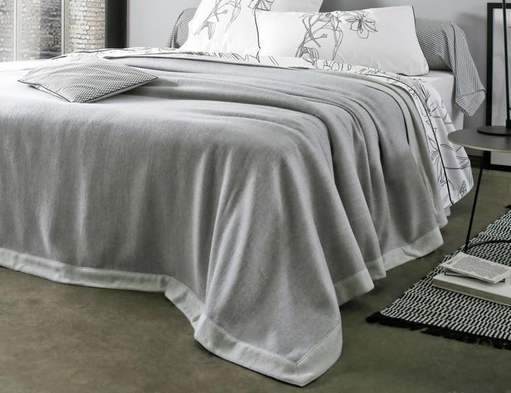 Narzuty Na łóżko Stylowe Dekoracje W Twojej Sypialni Decodom